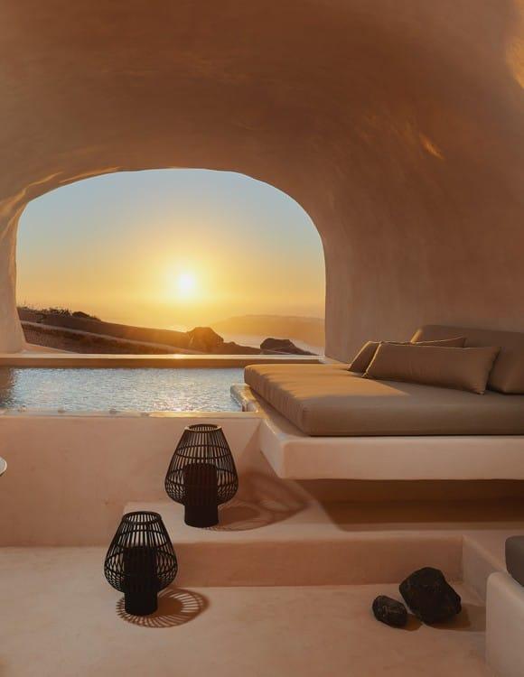 1402-hotel-photography-santorini-divine-cave-1