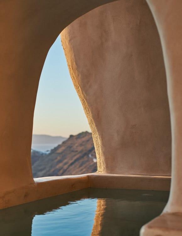 4106-hotel-photographer-santorini-divine-cave