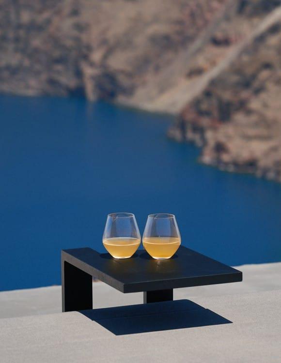 4206-hotel-photographer-santorini-divine-cave-1