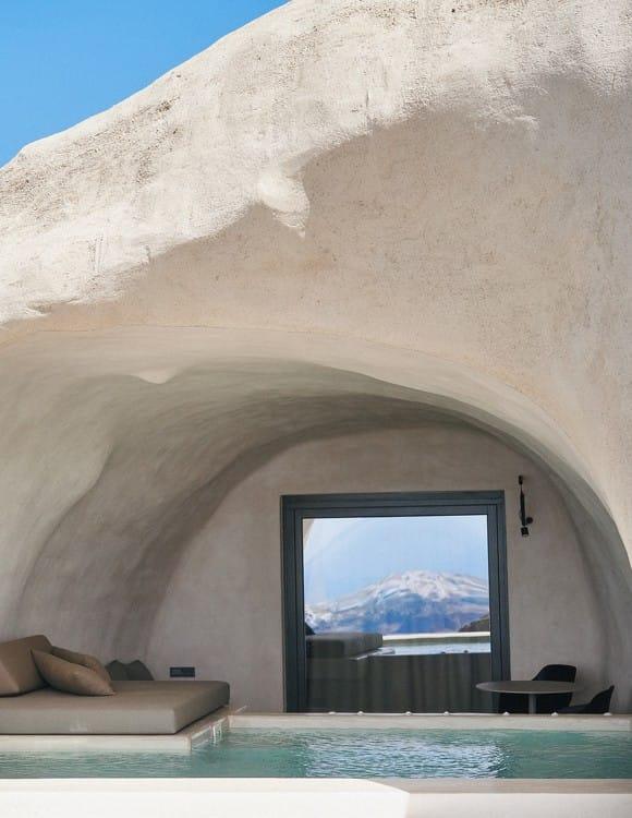 4352-hotel-photographer-santorini-divine-cave-2