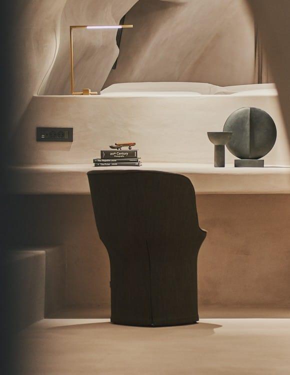 4574-hotel-photographer-santorini-divine-cave-1